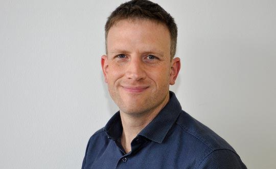 Dr. med. Dominik Hinzmann